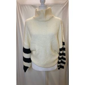NWT URBAN OUTFITTERS CHUNKY OVERSIZED SWEATER